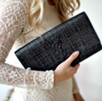Женские сумки-конверты, клатчи