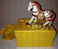 Шкатулка ювелирная для украшений, драгоценностей металлическая Лошадь со стразами, символ 2014 года