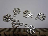 """Кулон (подвеска) """"Снежинка"""" металлическая, цвет серебристый, размер 15*12 мм, отверстие 2 мм"""