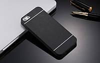 Черный пластиковый чехол с алюминиевой накладкой Motomo для Iphone 7 (4.7'')