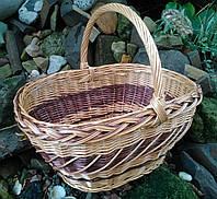 Плетеная корзина из  лозы для подарков