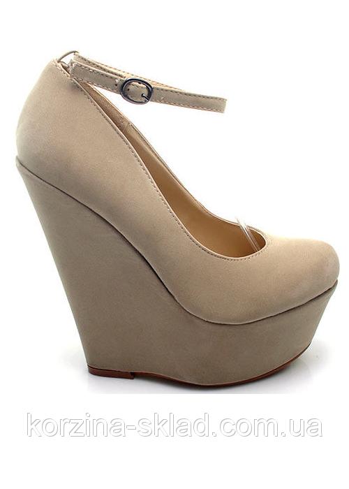 Бежевые туфли на платформе фото