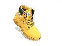 Зимние мужские кожаные ботинки Restime стиль Timberland желтый