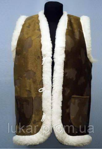 Теплая жилетка с тканевым покрытием