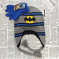 Комплект: вязаная флисовая шапка для мальчика Бетмен и перчатки