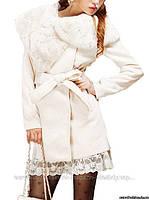 Пальто коротенькое белое, с поясом и меховым воротничком, Китай