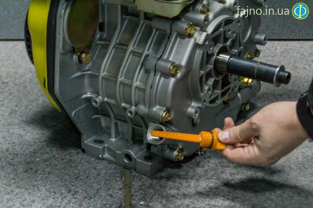 Дизельный двигатель кентавр ДВС-300Д