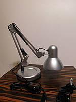 Настольный светильник серебристый на подставке + струбцина  в комплекте белая