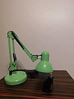 Настольный светильник зеленый на подставке + струбцина  в комплекте белая