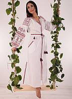 Длинное вышитое женское платье