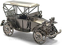 Фигурка автомобиля из металла
