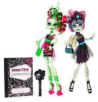 Набор 2 куклы Зомби Шейк Monster High Zombie Shake Rochelle Goyle and Venus McFlytrap Doll
