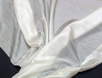 Эксцельсиор отбеленный. Тончайшая, практически невесомая шелковая ткань.