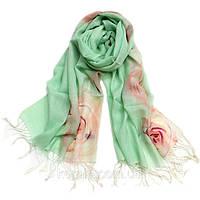 Женский шарф с цветами