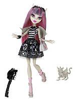Кукла Monster High Рошель Гойл (Rochelle Goyle) с грифоном-гаргулией базовая Монстр Хай
