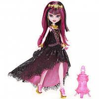 Кукла Монстер Хай Дракулаура из серии  13 Желаний (Monster High Draculaura 13 Wishes)