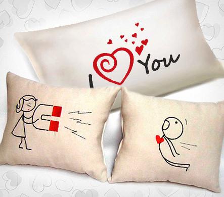 Подушка в подарок парню