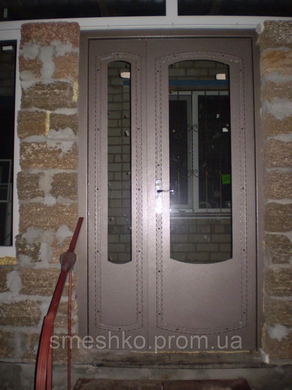 купить металлическую полуторную входную дверь с установкой