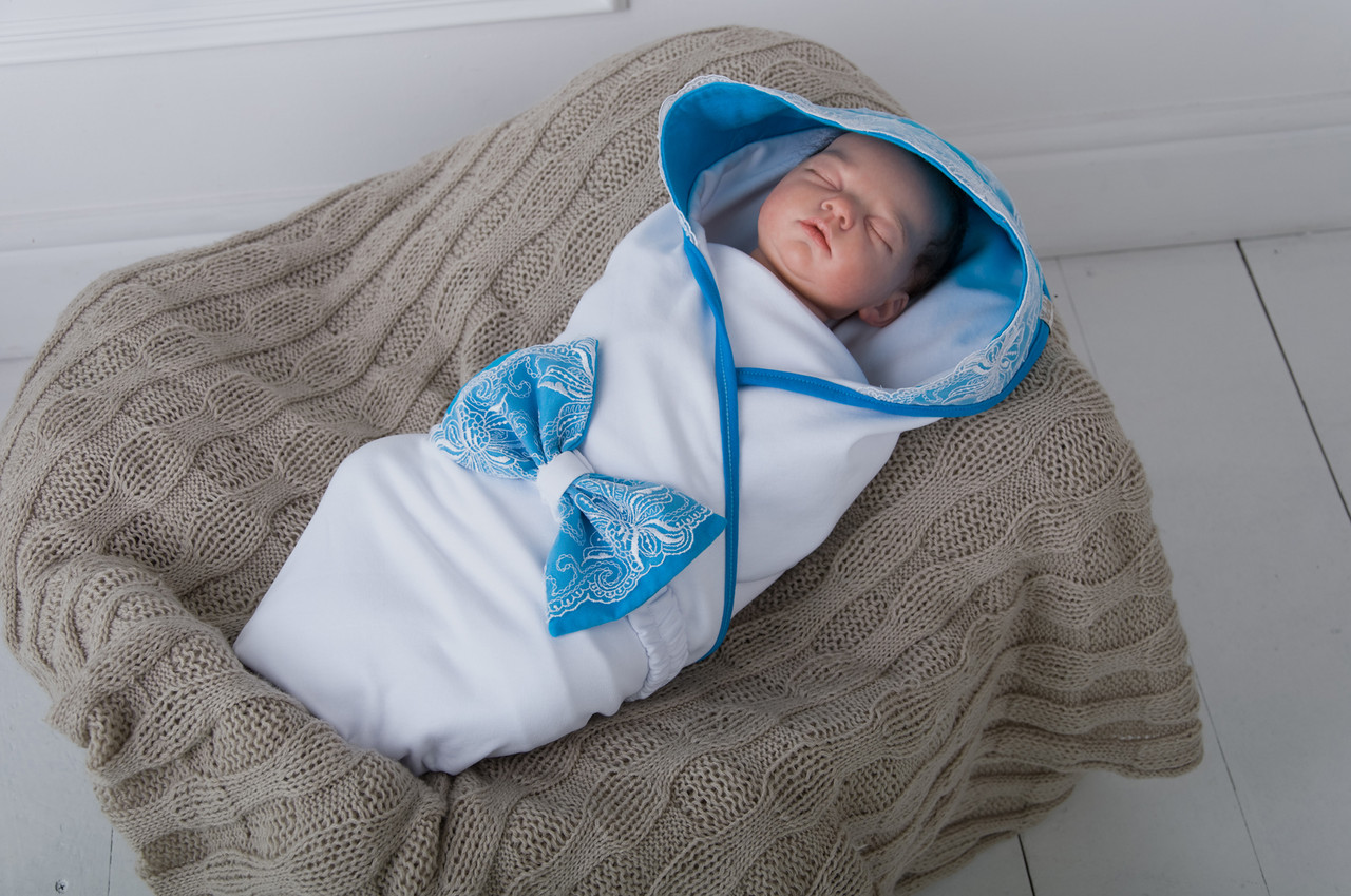 Вязаный конверт для новорожденного на выписку летний