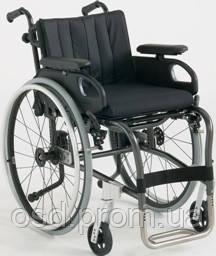 Кресло-коляска облегченная XLT Invacare