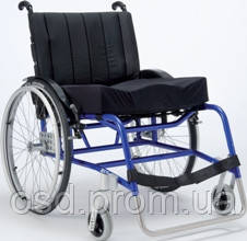 Кресло-коляска облегченная XLT Max Invacare