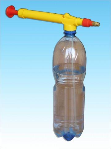 Разбрызгиватель из пластиковой бутылки