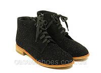 Женские замшевые осенние ботинки на шнурках