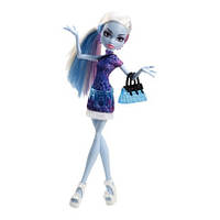 Кукла Monster High Эбби Боминейбл (Abbey Bominable) из серии Скариж Город Страхов