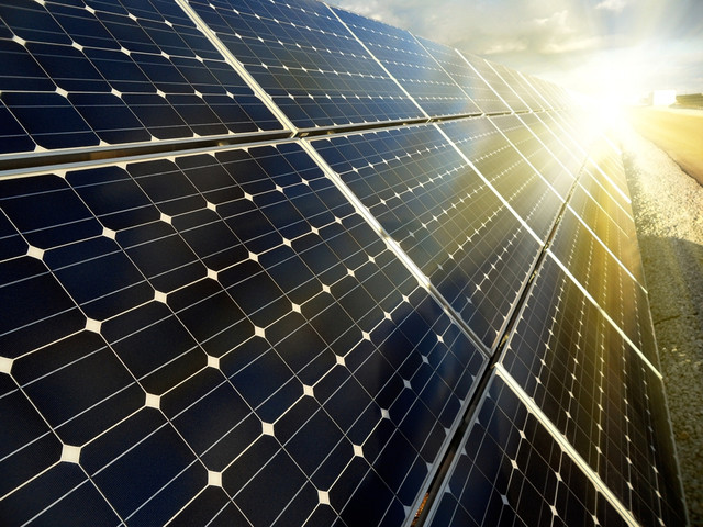 Монокристалічні сонячні батареї