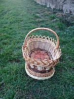Плетеные корзины из лозы