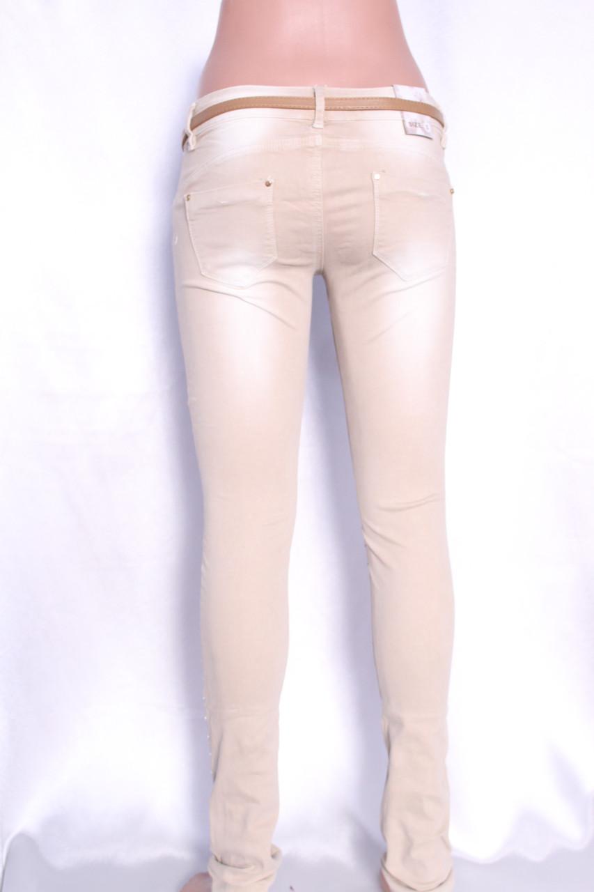 Купить цветные джинсы