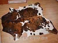 Шкура коровы коричнево-белая 01