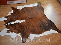 Шкура коровы коричнево-белая 02