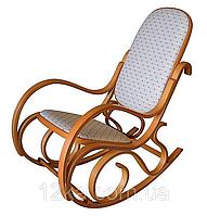 Кресло качалка светлое ткань точки