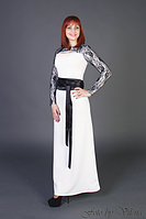 Коктельное платье из французского трикотажа с отделкой из гипюра.