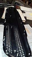 Решетка радиатора Ланос эмблема шевроле крест-хромированный (DW)