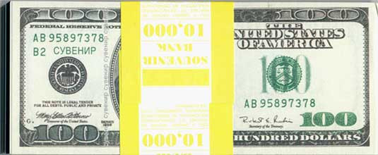 Сувенирные деньги. Пачка долларов