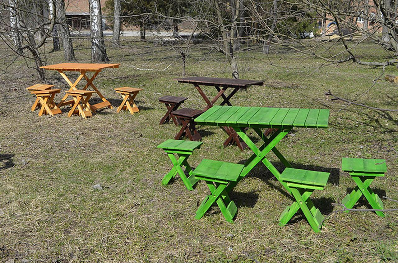 Стол и стулья для пикника из дерева
