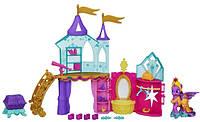 Кристальный замок с пони Искоркой My Little Pony Crystal Princess Palace Playset. замок пони купить