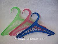 Вешалка-плечики для детской одежды
