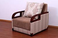 Мягкое кресло деревянными подлокотниками Дориан