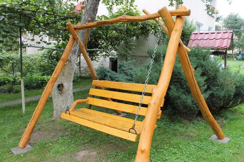 Деревянная качель садовая своими руками 18