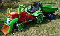 Детский трактор с прицепом на педали