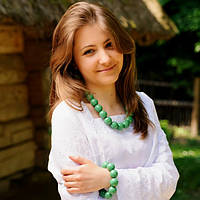 Набор украшений для вышиванки бусы, браслет, сережки. Цвет зеленый