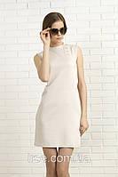 Летнее платье бежевого цвета без рукава с воротником стойка. Модель 327 Mirabelle.