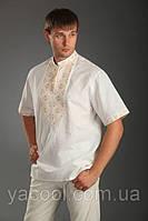 Вышиванка мужская с бежевой вышивкой и коротким рукавом. Батист