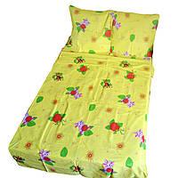 Детское полуторное постельное белье - желтое с клубникой