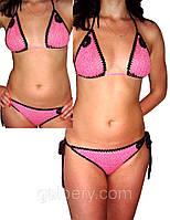 Вязаный крючком купальник - бикини с отделкой бисером розового цвета