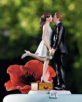 """Керамическая статуэтка на свадебный торт """"Поцелуй новобрачных"""""""