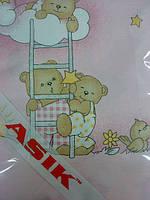 Простынь в детскую кроватку «мишки на лестнице» розового цвета №39